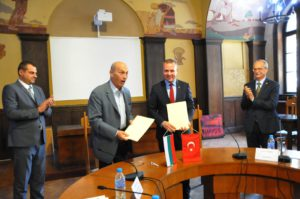 инеада 300x199 - Подписан договор между Палатами Бургаса и Къркларели